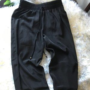 New With Tag!!! Guess Joggers